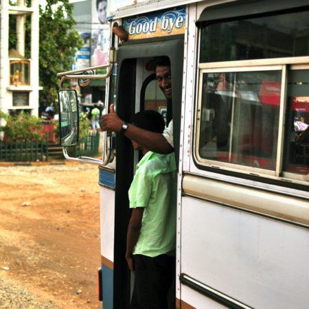Sri Lanka, autobus