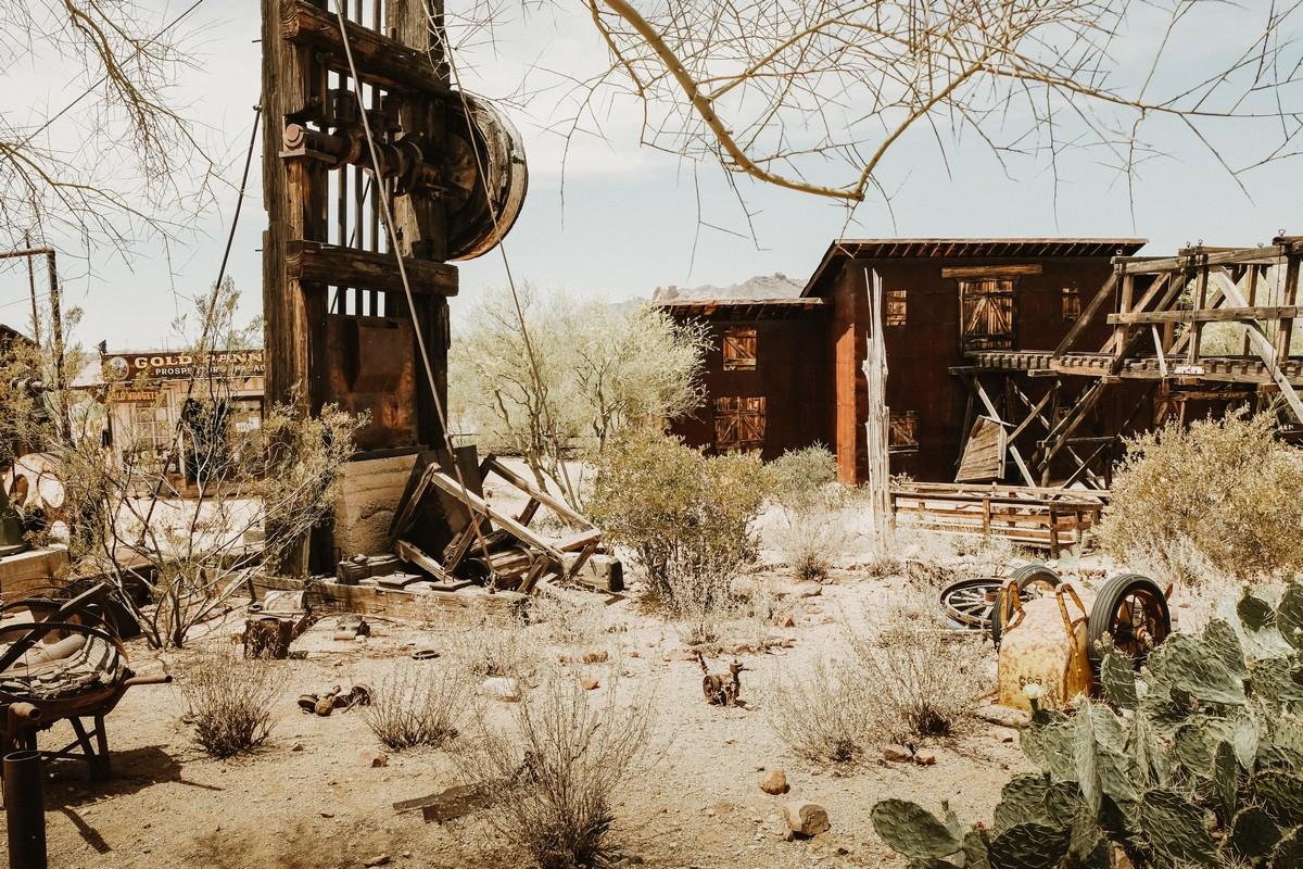 W Goldfield, Arizona