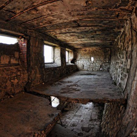 ruiny w drodze do kotorskiej twierdzy