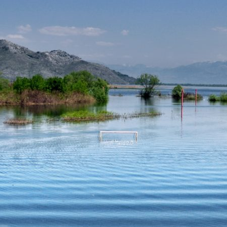 Jezioro Szkoderskie po wiosennych roztopach