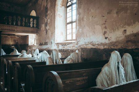 Luková, kościół św. Jerzego  – cała nadzieja w sztuce… i duchach