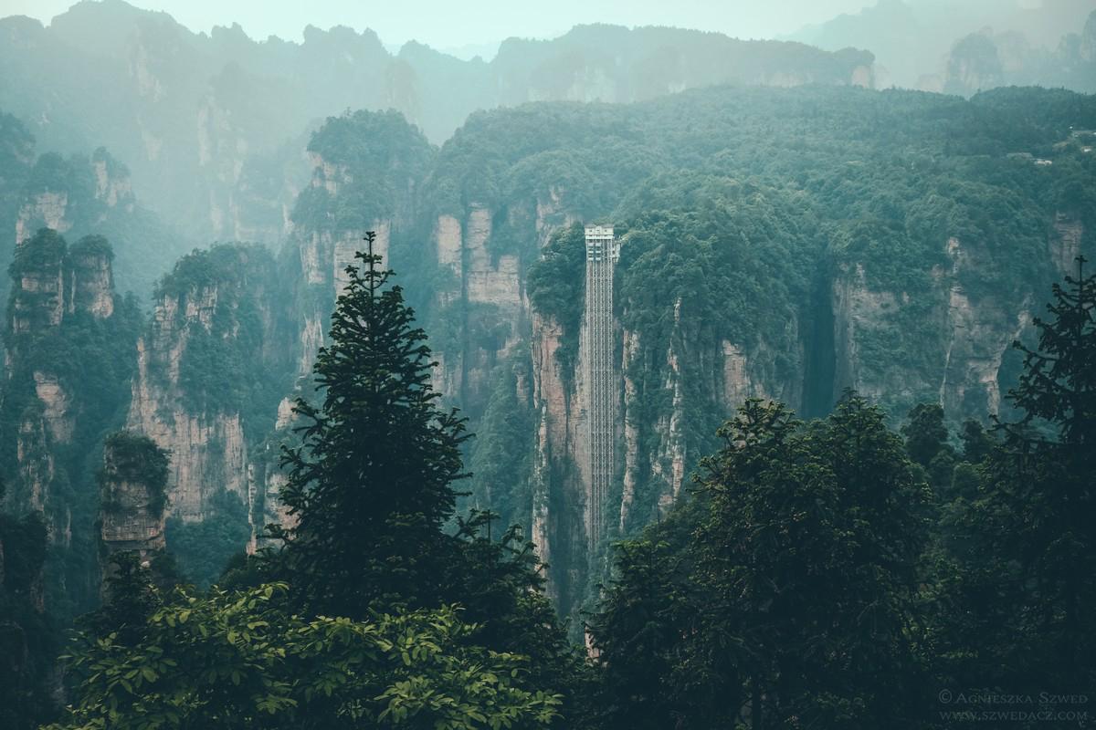 W Parku Narodowym Zhangjiajie rozsławionym przez film Avatar